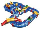 BIG Spielwarenfabrik 1628 AquaPlay - MegaBridge - Wasserbahnset mit 3 Spielstationen und 49 Teilen, inklusive Bo der Bär, Amphibienauto und Transportboot mit 2 Containern, für Kinder ab 3 Jahren