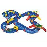 BIG Spielwarenfabrik 1650 AquaPlay - AmphieWorld - 145x156 cm große Wasserbahn, inklusive 79 Teilen, Spieleset inklusive 2 Boote, Amphibienauto und 3 Spielfiguren, für Kinder ab 3 Jahren