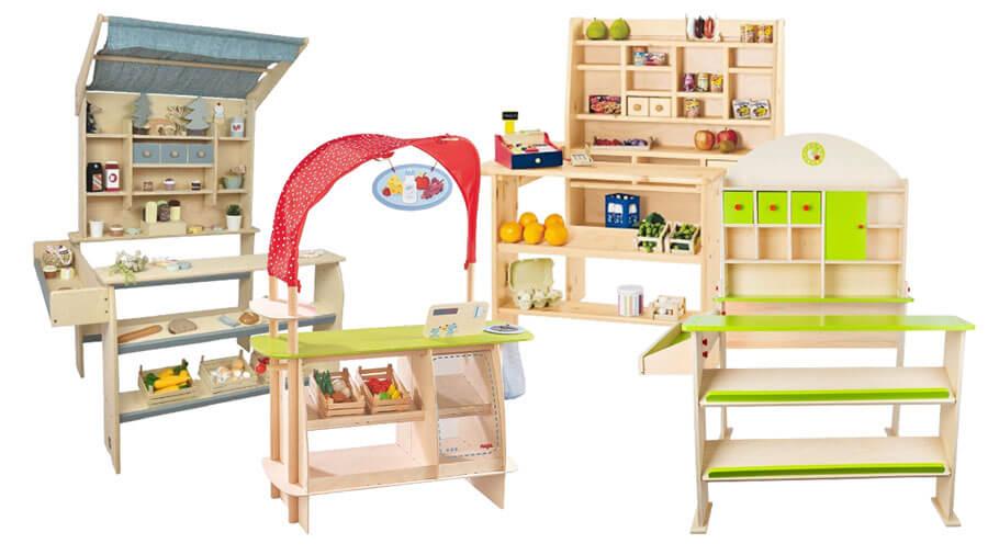 Bunte Kaufmannsläden aus Holz